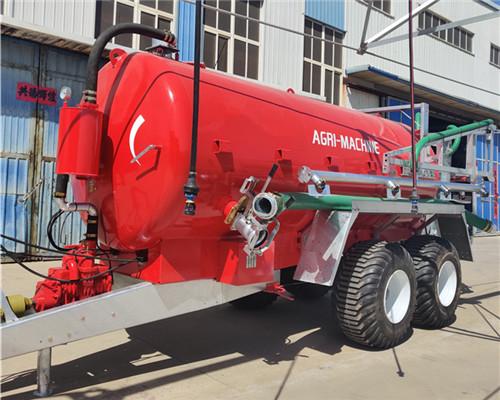 32立方大型沼液喷洒车