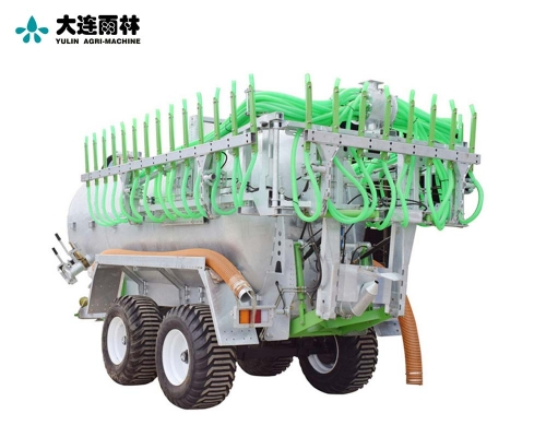 大型牵引式液态肥施肥机
