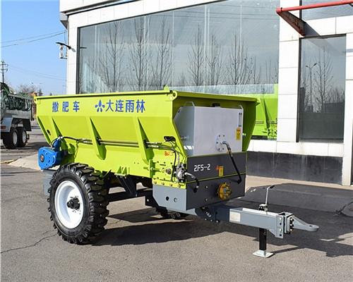 3立方有机肥撒肥机 化肥撒肥车