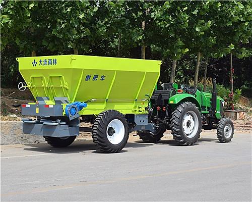 拖拉机后置撒肥车
