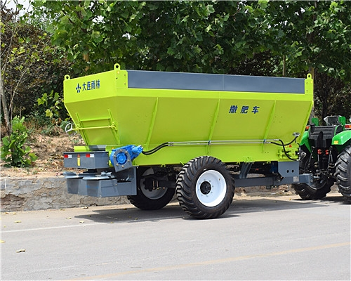 化肥有机肥撒肥车