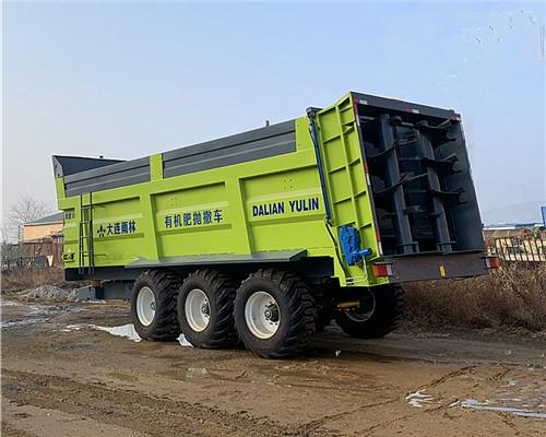32方新型撒肥机